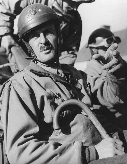 General Philippe Leclerc de 2e Division Blindee - Champs Elysee - Paris - France - August 26, 1944 - Second World War - France - Chansons de soldats - Soldiers songs and military marches